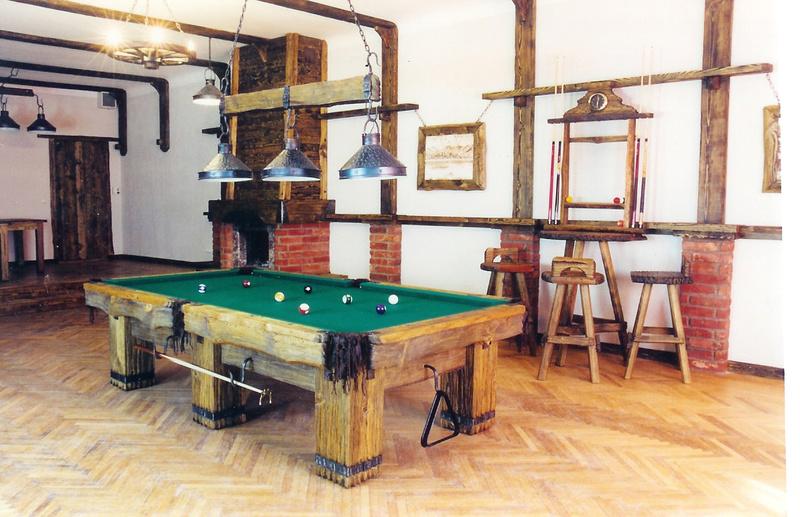 For Sale Oak Rustic Log Pool Billiard Tables For Log Home Cabin Denver Furniture For